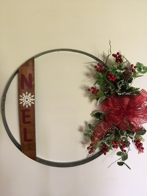 Noel Wine Barrel Hoop Wall Hanging 2