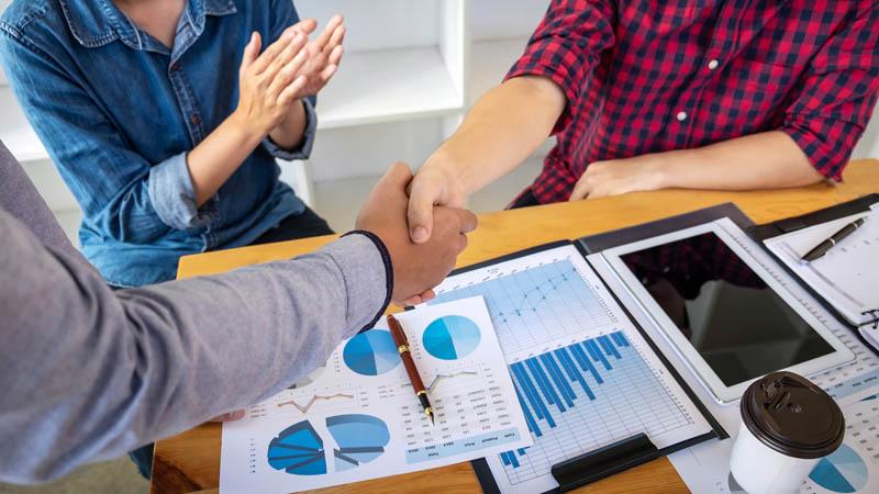 Arbitration Versus Expert Determination
