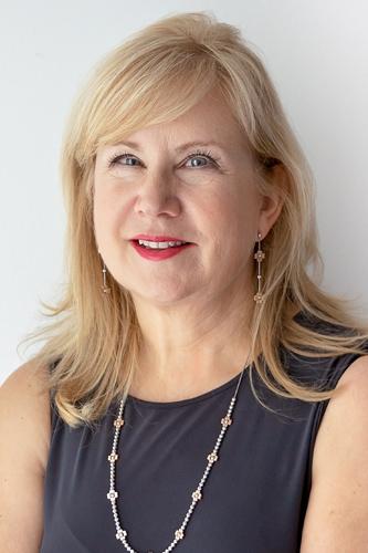 Christa Bekker
