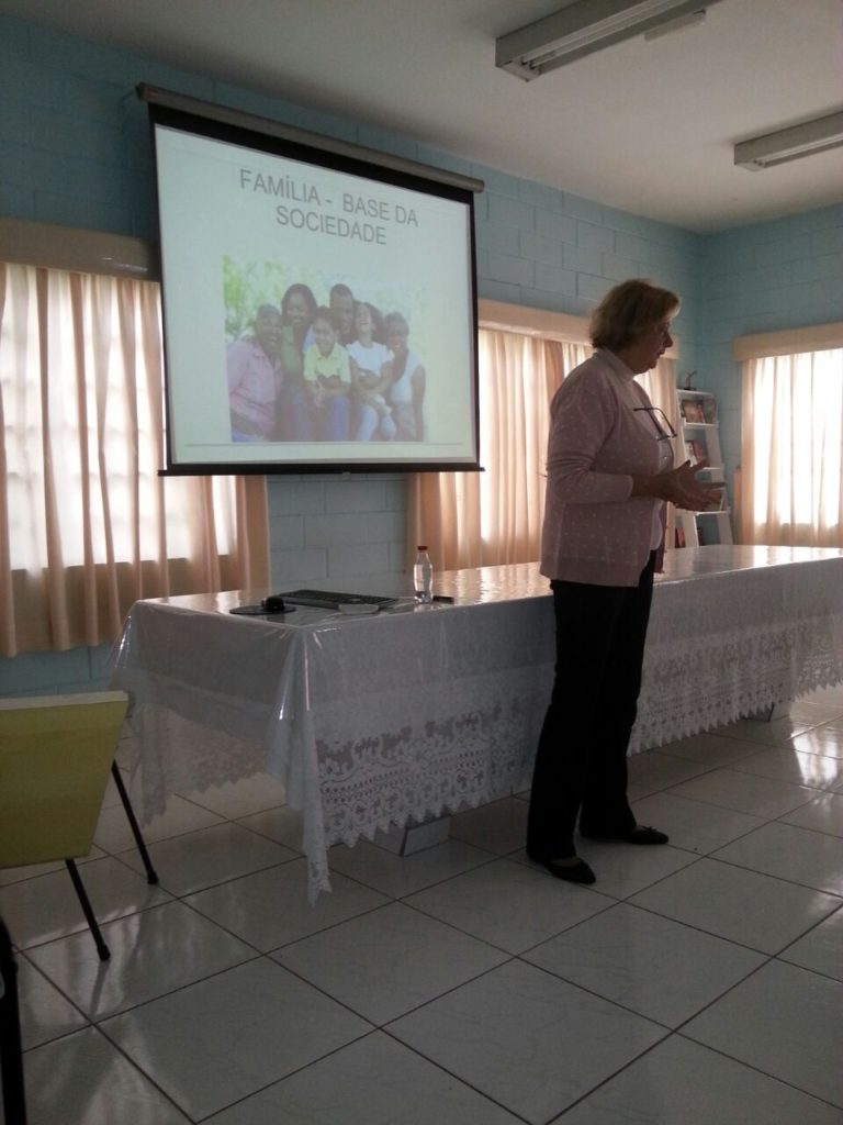 Irene fala sobre Família, no Irmãos de Sagres