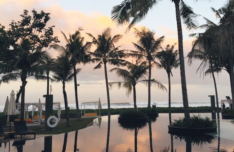 marianna hewitt travel blog w hotels bali seminyak pool palm trees reflection vsco