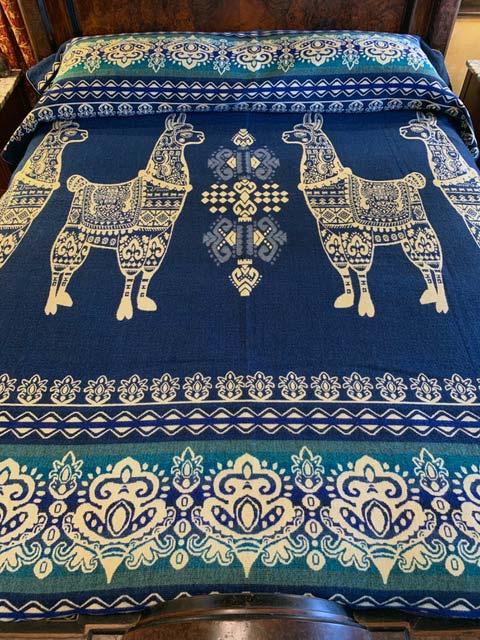 Llama blanket aqua blue