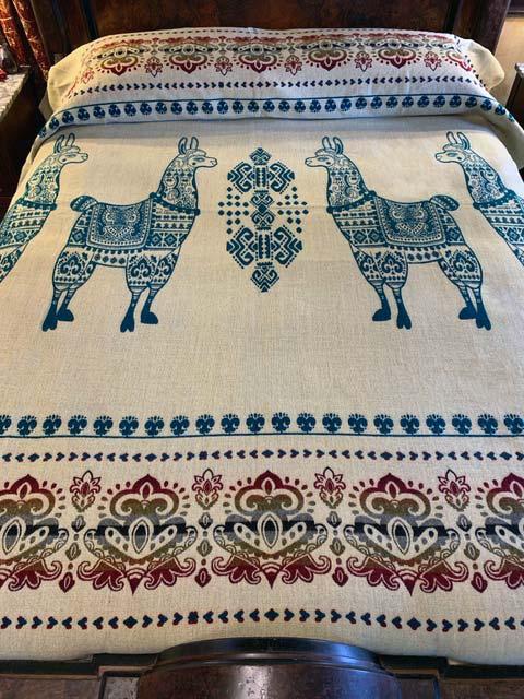 Llama blanket teal reverse