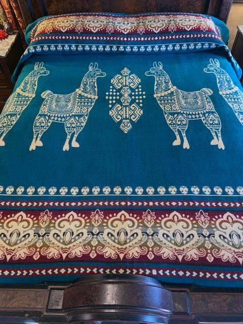 Llama blanket teal