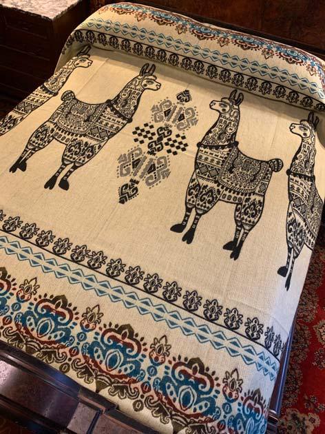 Llama Blanket Black Back 2020