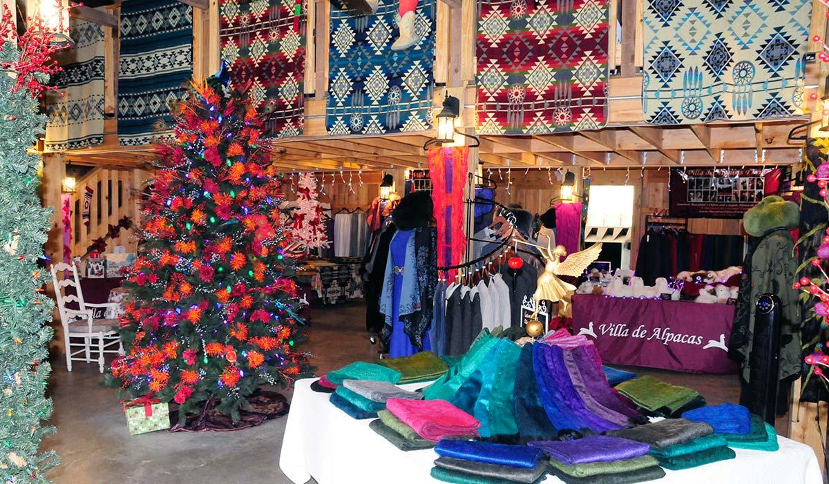 Holiday Alpaca Gift Shopping at P.A Bowen Farmstead