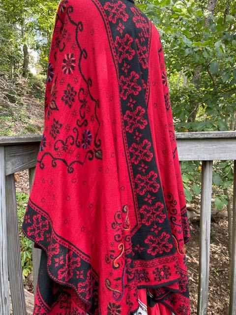 Women's Embroidered Alpaca Cape red black