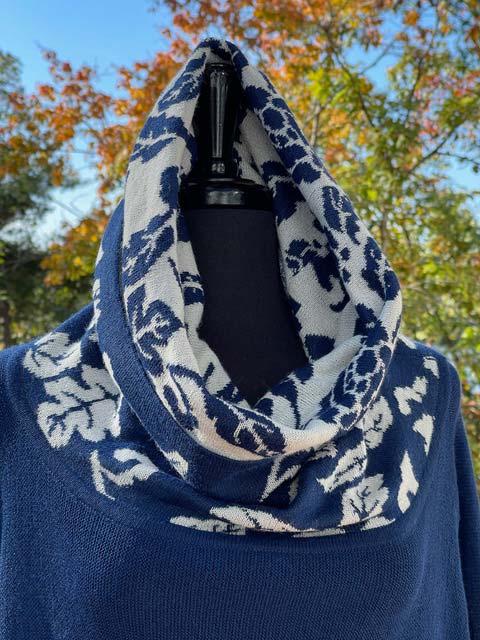 Women's Wide Turtleneck Long-Sleeve Sweater - Blue & White Flowered