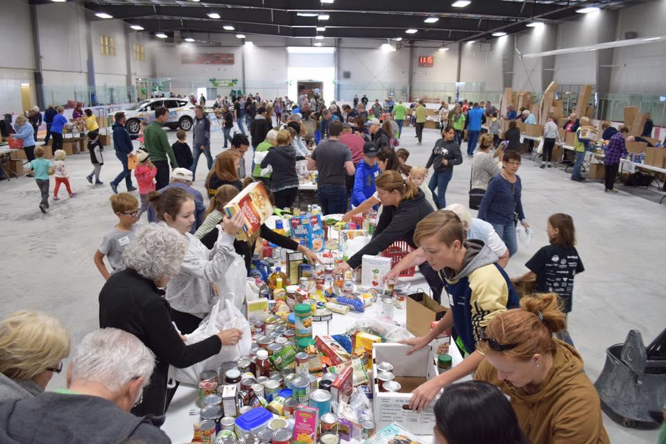 Food drive sorting table