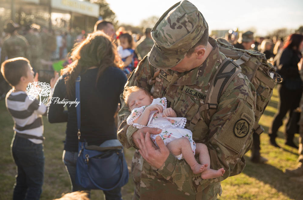 homecoming photographer Fort Hood homecoming photographer Killeen homecoming photographer Temple homecoming photographer Killeen homecoming photographer