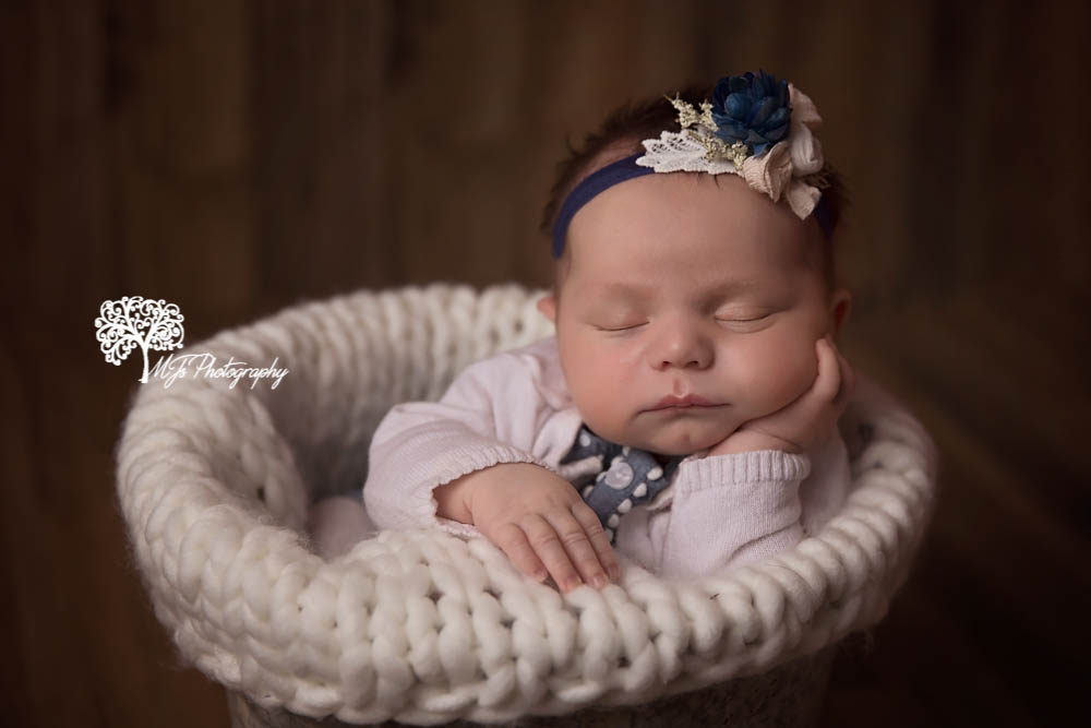 Conroe newborn photographer, Spring newborn photographer