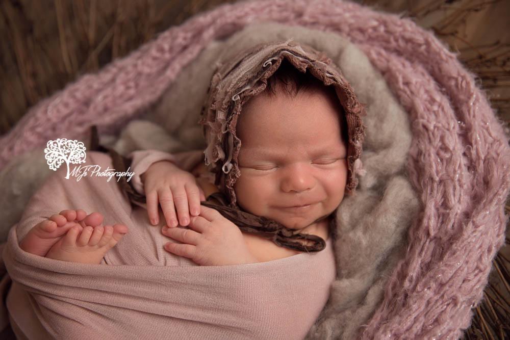 Houston newborn photographer, Cypress newborn photographer