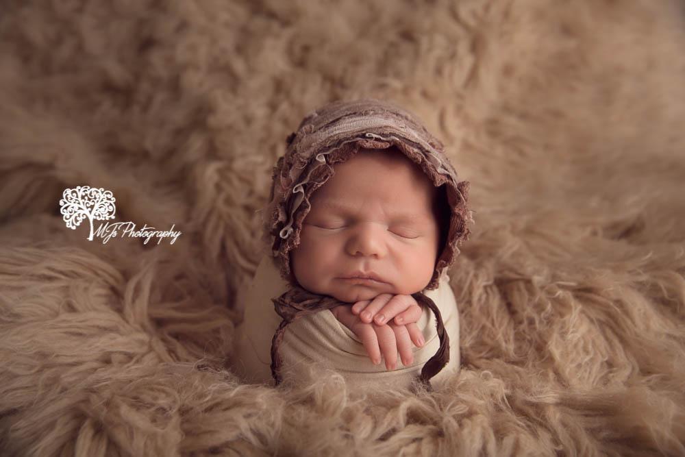 Sugar Land newborn photographer, Conroe newborn photographer
