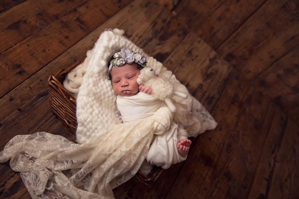 Longview newborn photographer specializing in newborn portraits