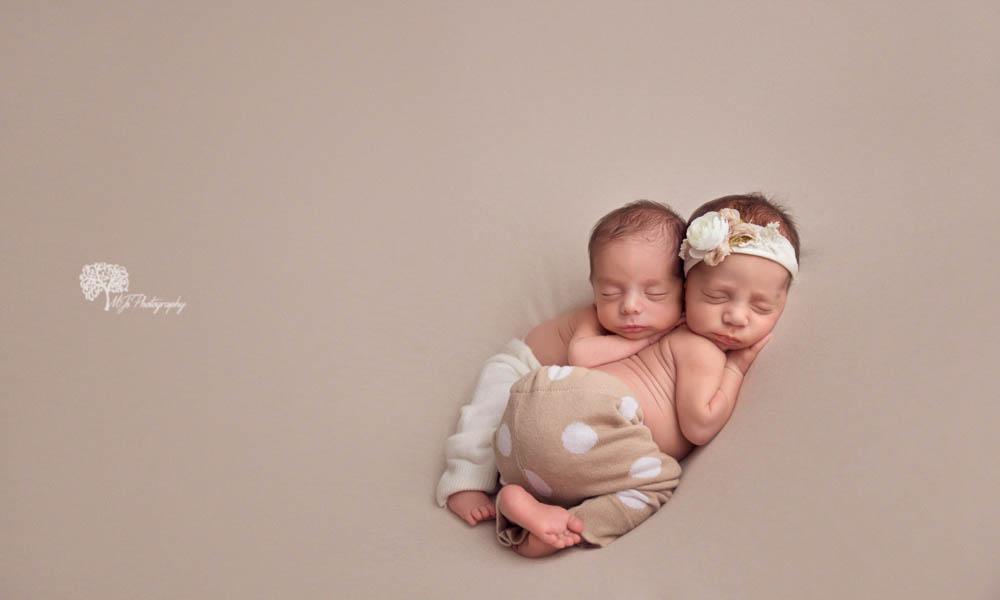 East Texas twin newborn photographer