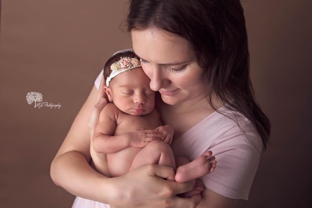Houston twin newborn photographer newborn photographer in Longview newborn photographer East Texas_