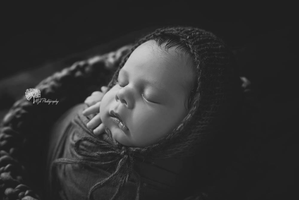 Sugar Land newborn photographer