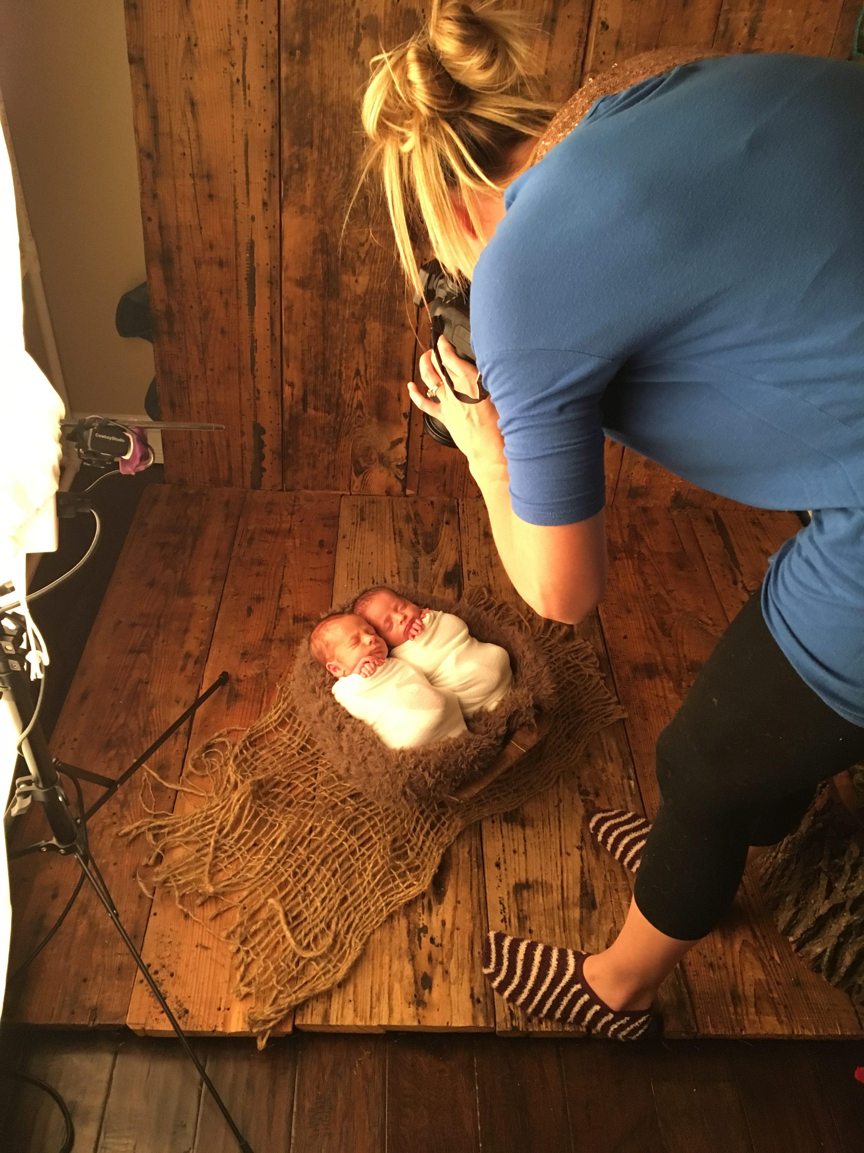 Houston Texas twin newborn photographer