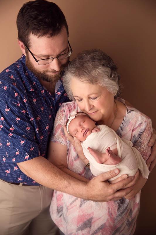 newborn photographers in Fulshear tx