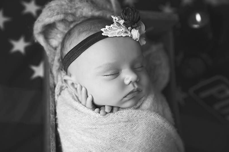 The Woodlands newborn photographers