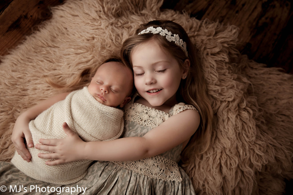 Fulshear best newborn photographers