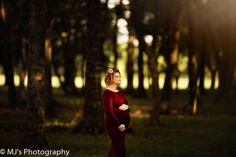 Maternity photographer Katy TX