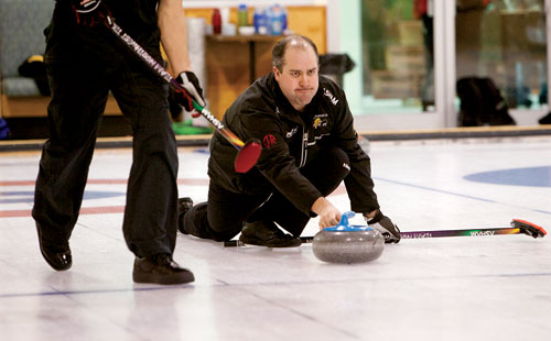NWT curlers fight for national spot in Fort Smith