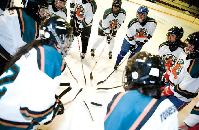 Fort Simpson emerges undefeated from annual Fort Smith 'Hockey Bags' tournament