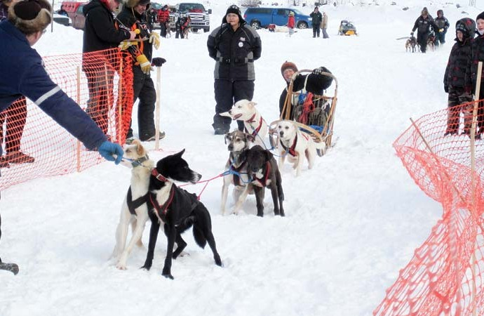 Northerners celebrate winter at Fort Chip carnival