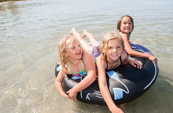 Family fun in the sun at Pine Lake Picnic