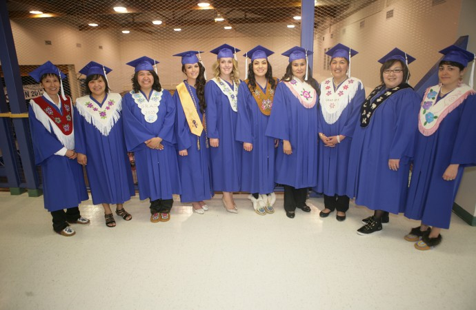 Grads weave tradition into convocation with beaded stoles