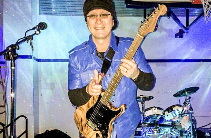 Fort Simpson mobilizes to find band's stolen gear