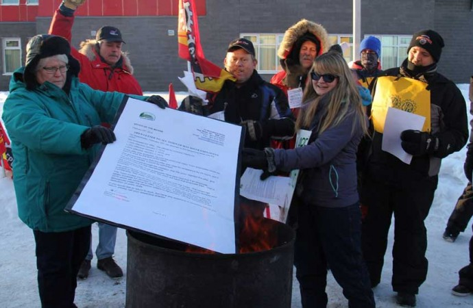 2015 Year in Review: 178 days: Six-month strike polarizes Hay River