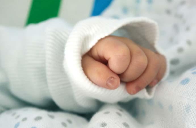 Yellowknife midwifery program shut down