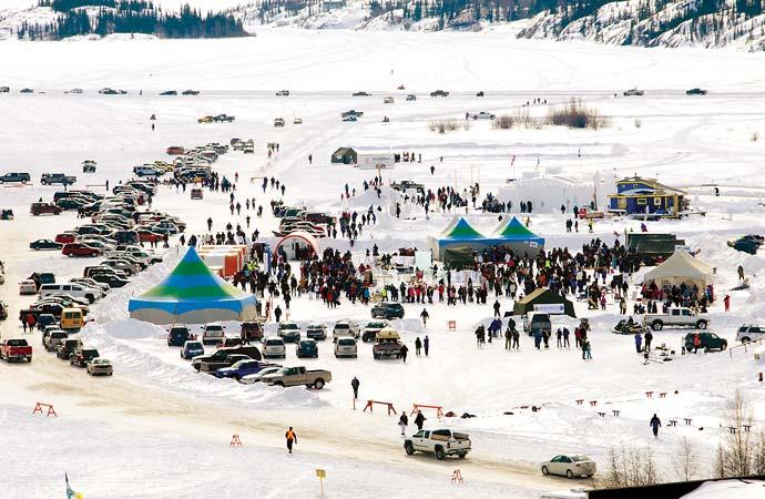 Yellowknifers flaunt their skivvies at first annual Long John Jamboree