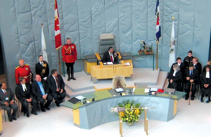 Throne speech charts NWT's course