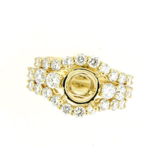 Wedding Set with Diamonds in 14KT Yellow Gold