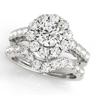 409520 Wedding Set with Diamonds Set in 14KT White Gold