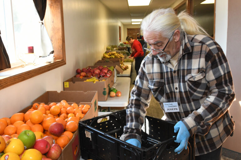 Living Faith Food Pantry Ways to Support Volunteer