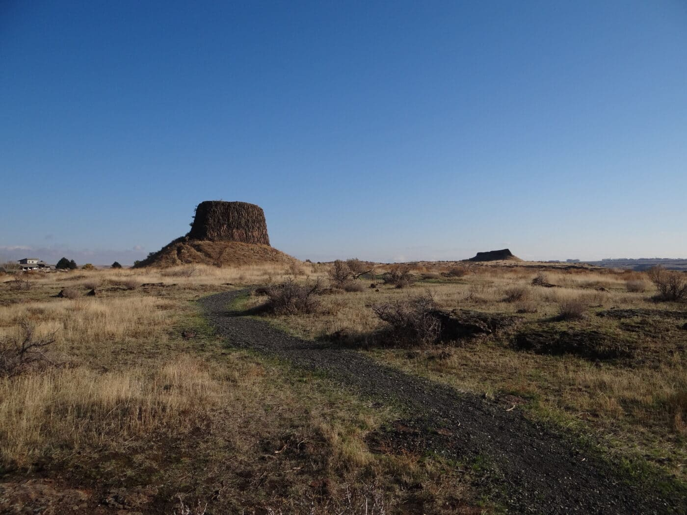 Lewis and Clark National Historic Trail - photo of mesa