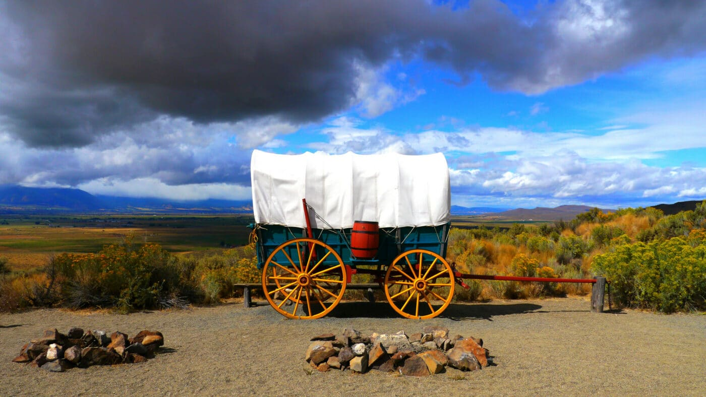 Oregon National Historic Trail picture of wagon
