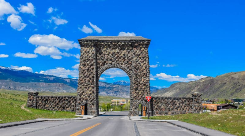 How to Get to Yellowstone National Park