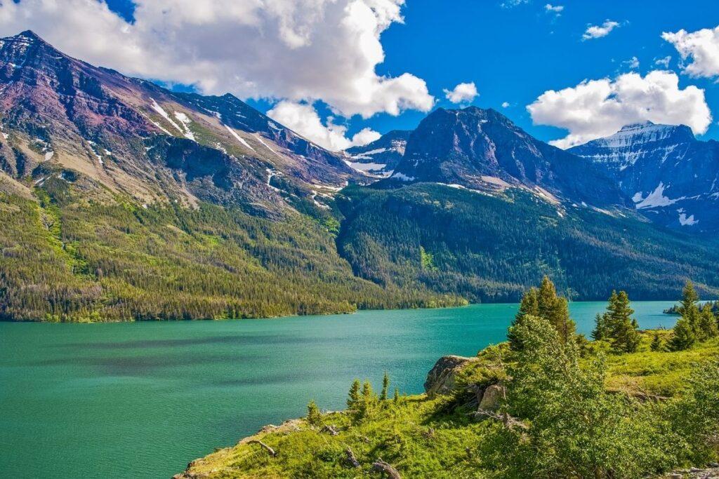 A glacier carved mountain lake