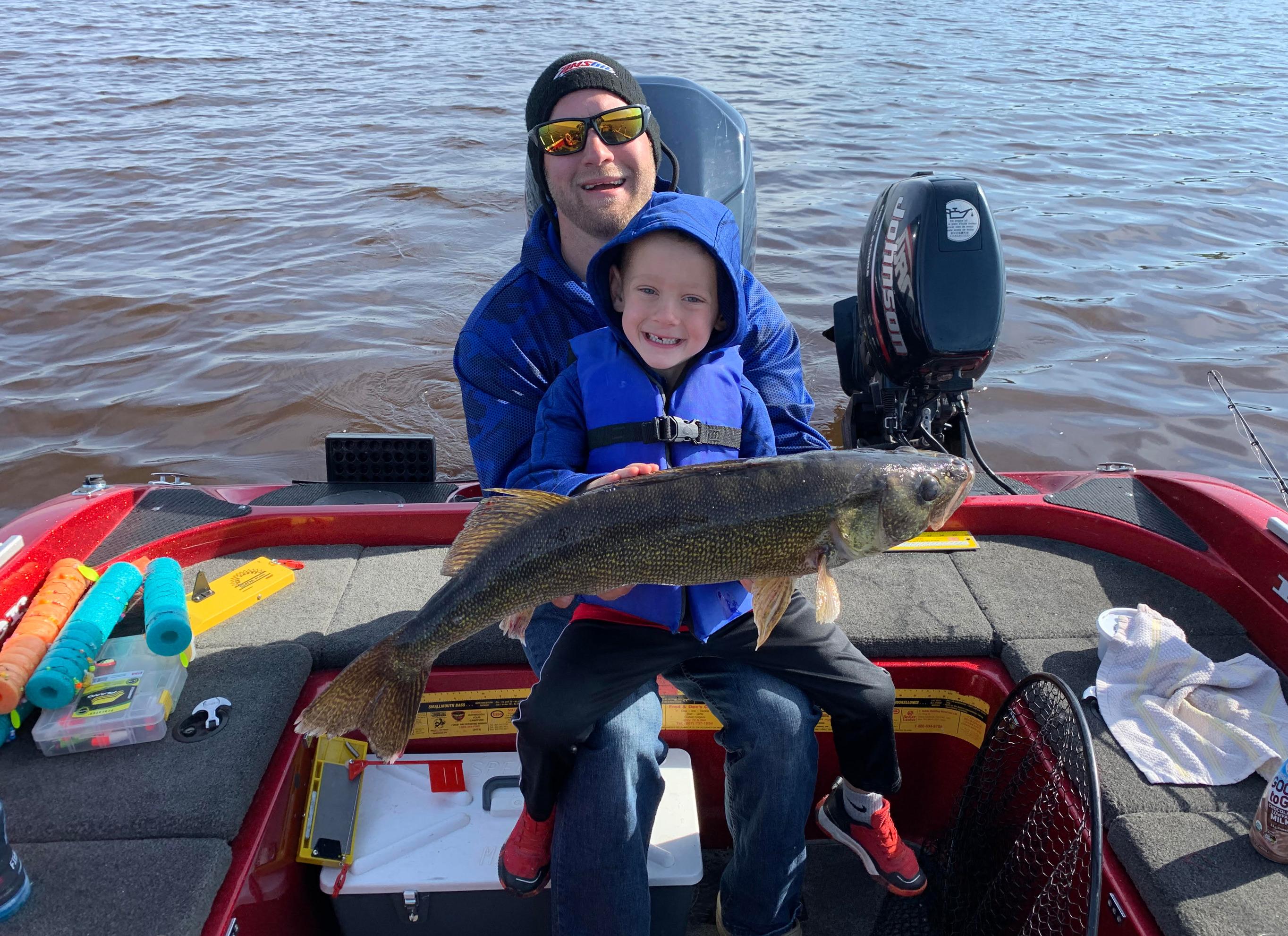 Northern Minnesota Walleye Guide Service