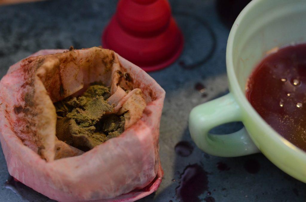 make juice with nut milk bag