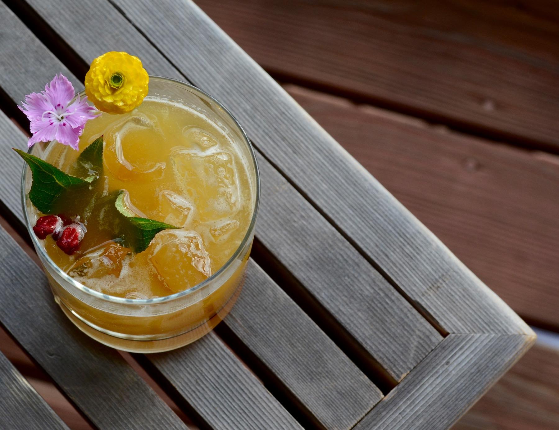 Garden Cocktails Drink Instagram to Follow
