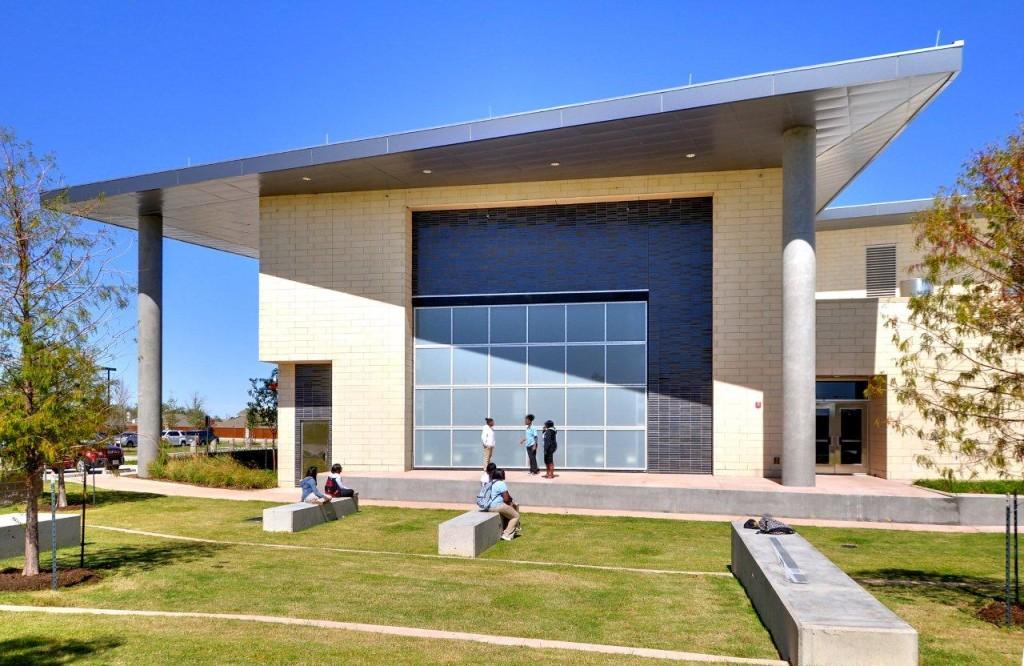 KJGCA amphitheater