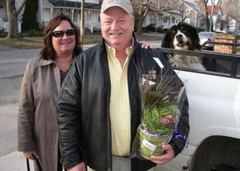 First patients arrive bearing flowers