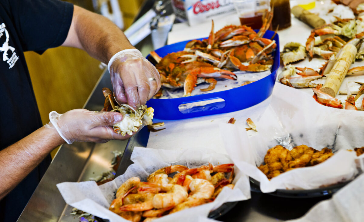 North Carolina Crabs - Foodie Travel USA