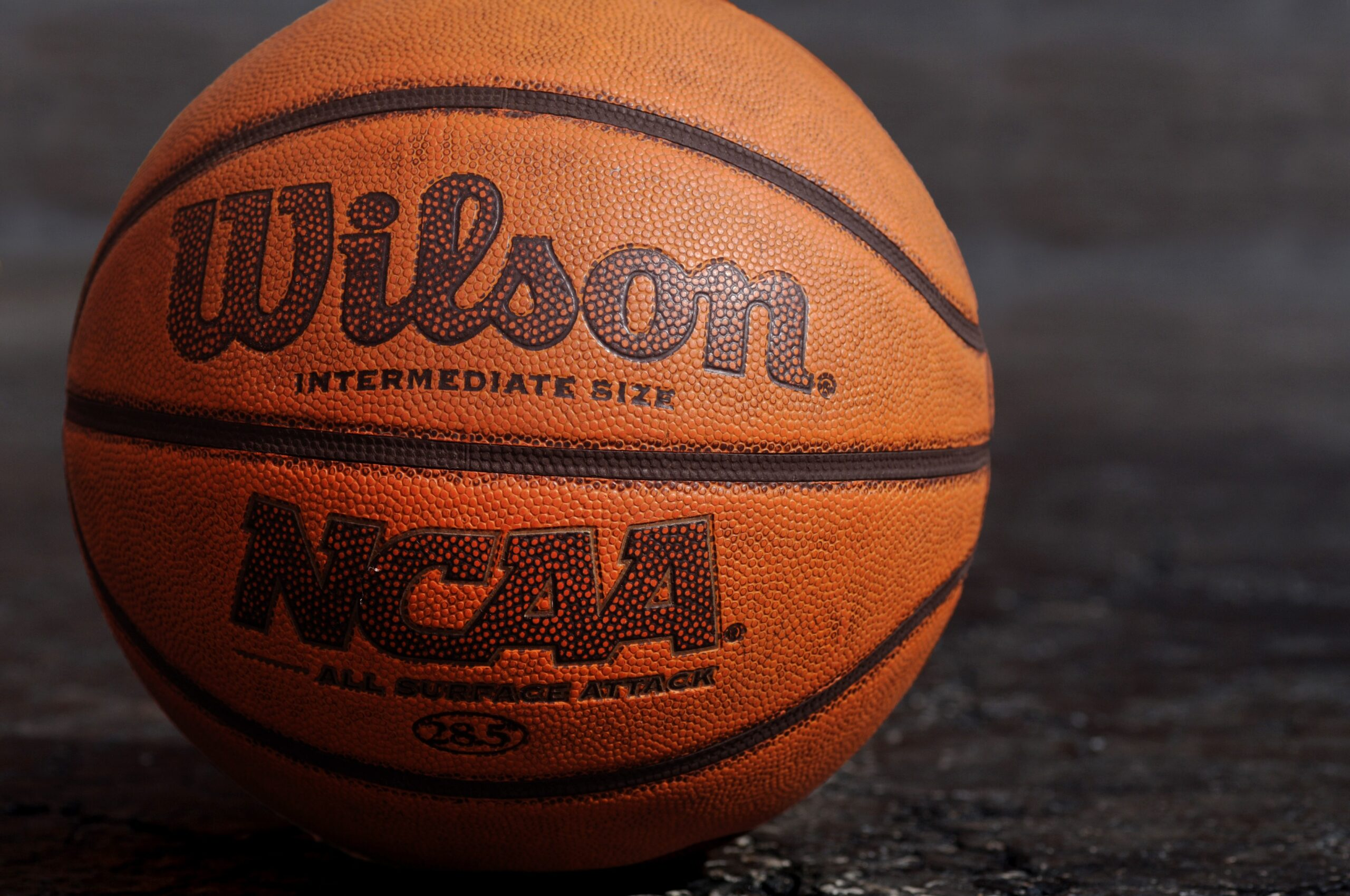 college hoops saturday betting